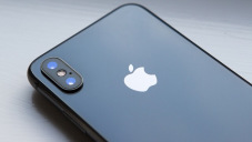 Apple Inc. Stock: Is This A Buying Opportunity Ahead Of Earnings?